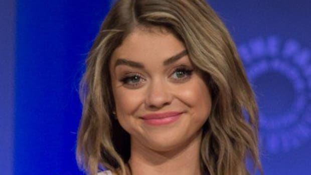 Sarah_Hyland_at_2015_PaleyFest