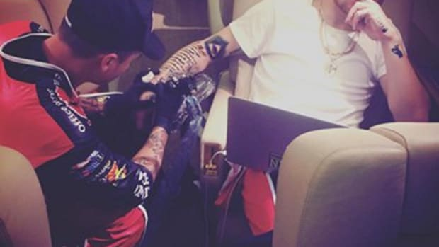 johnny_manziel_tattoo_plane_feature