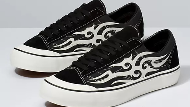 vans tribal lowtop