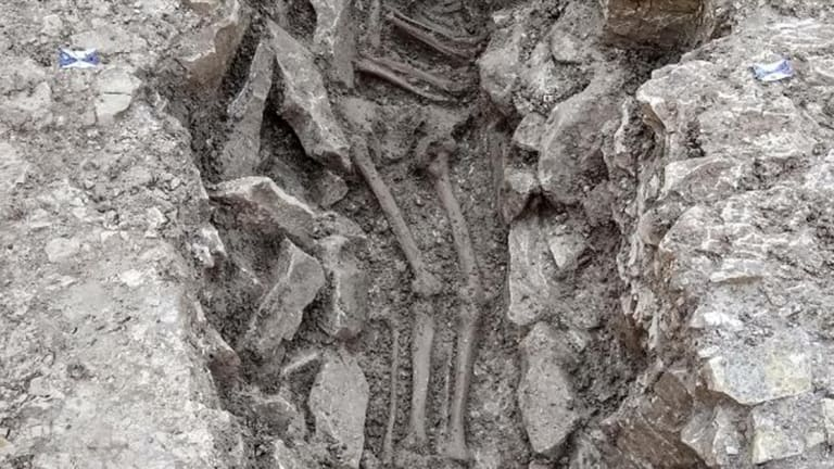 Ancient 'Human Sacrifice' Skeletons Found in UK Water Pipes