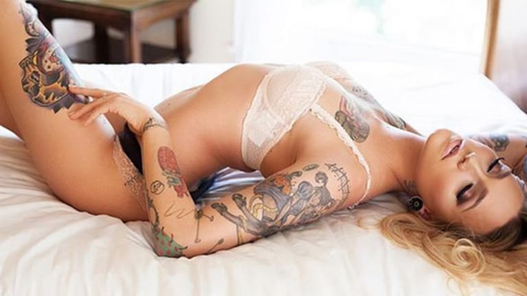 55 Tattooed Beauties We'd Love to be Quarantined With