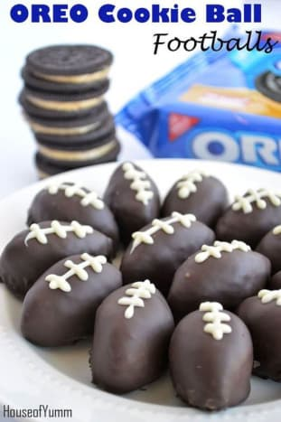 Oreo Cookie Ball Footballs from House of Yumm