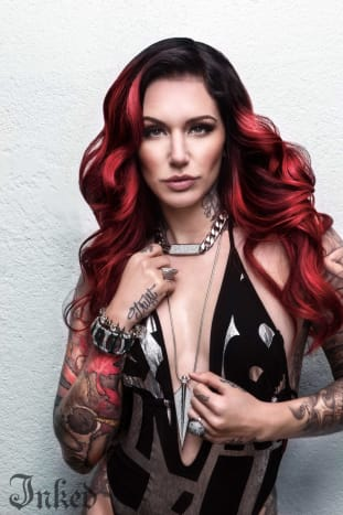 Cervena Fox is a Tattoo Supermodel, if you didn't know that yet you will swiftly see why.