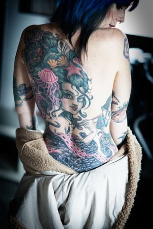 This amazing back piece makes us crave sushi.