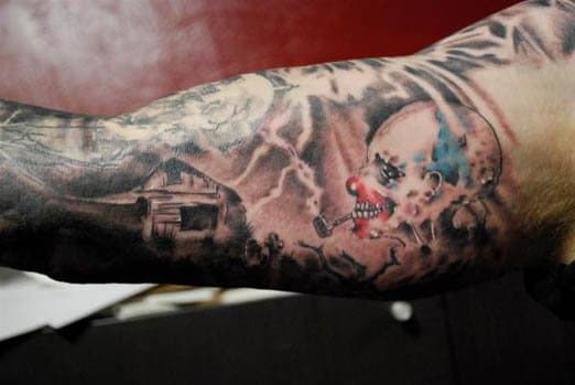 The cover ofScary Stories to Tell in the Dark is engrained into the mind of anyone born in the 1980s, just as it will forever live in this lucky man's arm.