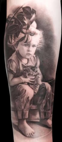 What mom wouldn't adore this amazing portrait by Matteo Pasqualin?