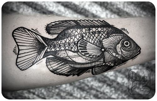 The bluegill is a easily overlooked fish, but Hale brings out it's beauty in this tattoo.