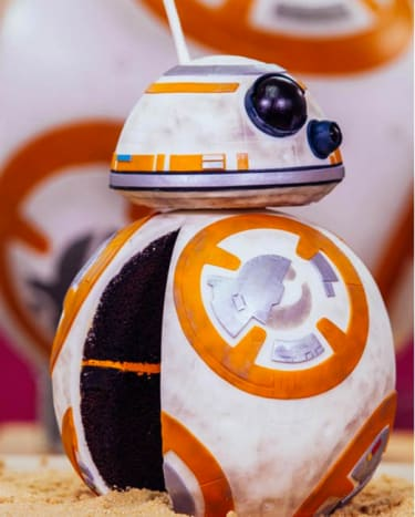This BB-8 cake is far too awesome to eat! Baked by Yolanda Gampp.