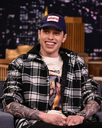 Over the last several months, comedian and fianceé of Ariana Grande, Pete Davidson, has been getting tattooed left and right. And just this past weekend, the SNL star gained two huge tattoos.