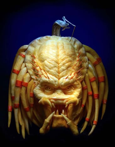 Photo via villafanestudiosRay's hobby of pumpkin sculpting was brought to an entirely new level in 2007 when he was contacted by High Noon Entertainment and asked to participate in the Food Network's Challenge Show, Outrageous Pumpkins.