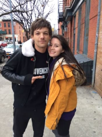 "(Superfan, Ivanna Portilla, photographed with Louis Tomlinson when they met in New York. Photo: Ivanna Portilla/Twitter) Ivanna Portilla lucked out on her wish of having a hedgehog drawn by Louis Tomlinson tattooed on her. Unfortunately, Tomlinson said he couldn't draw a hedgehog (because who can?) and instead wrote the word ""home"" for her three times on a sheet of paper. According to Tomlinson, he has terrible handwriting, so, should Portilla decide to get a tattoo of the word ""Home"" in his handwriting, he wanted to give her a few options to choose from."