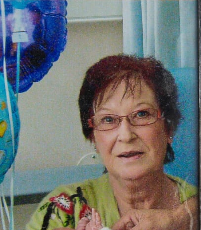 Photo via the sunLess than a year ago Debra Parsons' lost her mother Doreen suddenly from an airway obstruction after suffering a chest infection, leaving Debra distraught. After the funeral services, Debra and her siblings were each given their share of the ashes. Initially, Debra kept the ashes in a plastic baggy that she would carry around with her while doing chores and going out.