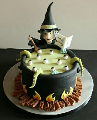 Can you believe this witch and her caldron are edible?