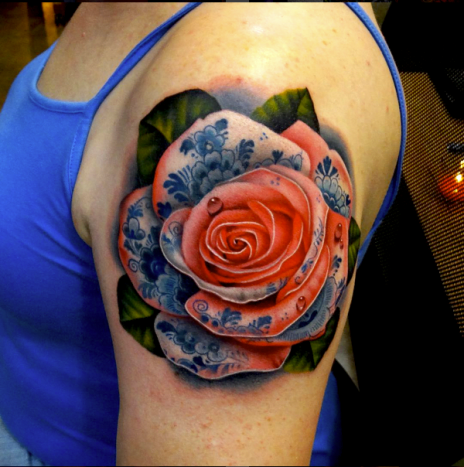 We love this paisley-decorated rose by Andrés Acosta.