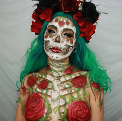 Roses are red and this skull-inspired look is seriously ravishing.