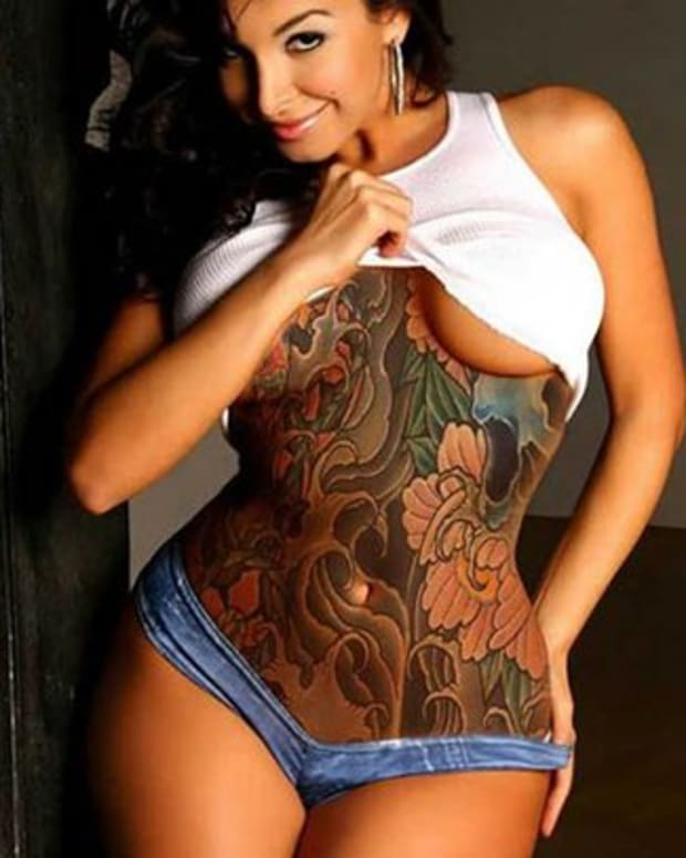 thick-tattooed-girls-feature
