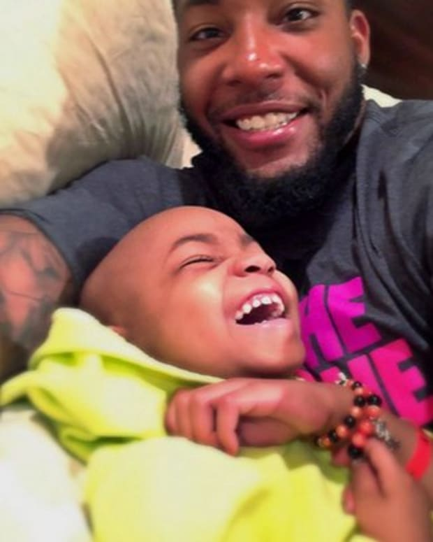 leah_still_feature