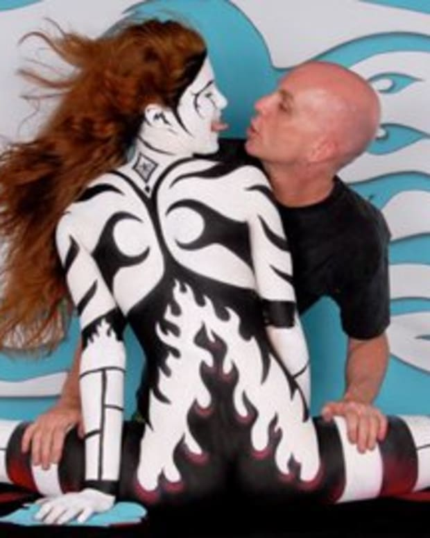 Fiya (Fire Woman)-Bodypainting by Craig Tracy (TN)