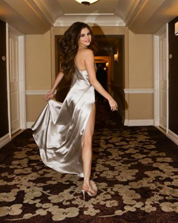 selena_gomez_feature