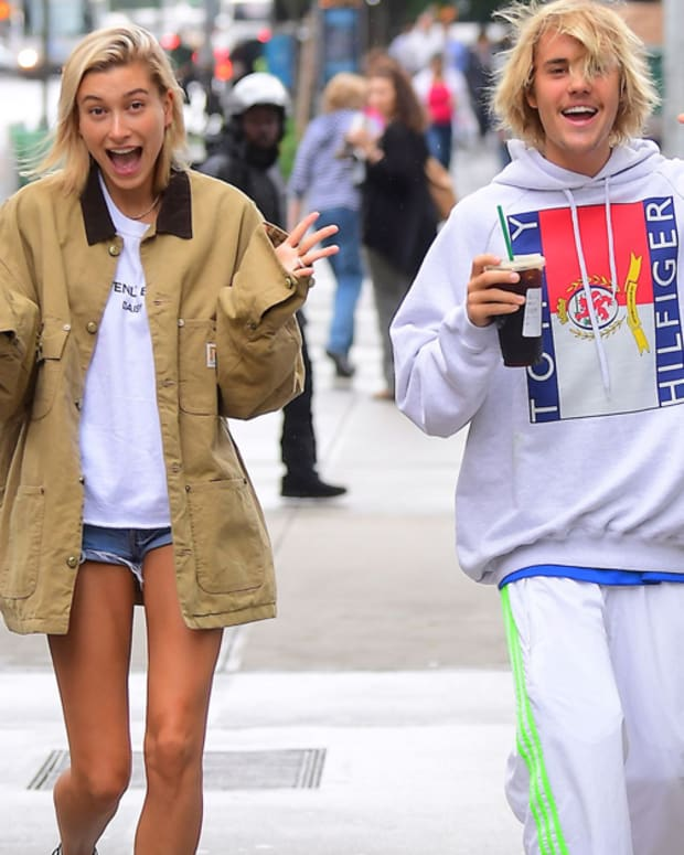 Hailey Baldwin, Hailey Baldwin tattoos, daily Baldwin Justin beiber matching tattoos, the oscars, lady gaga oscars, Hailey Baldwin skipped the oscars to get tiny tattoo, Jon boy, INKED