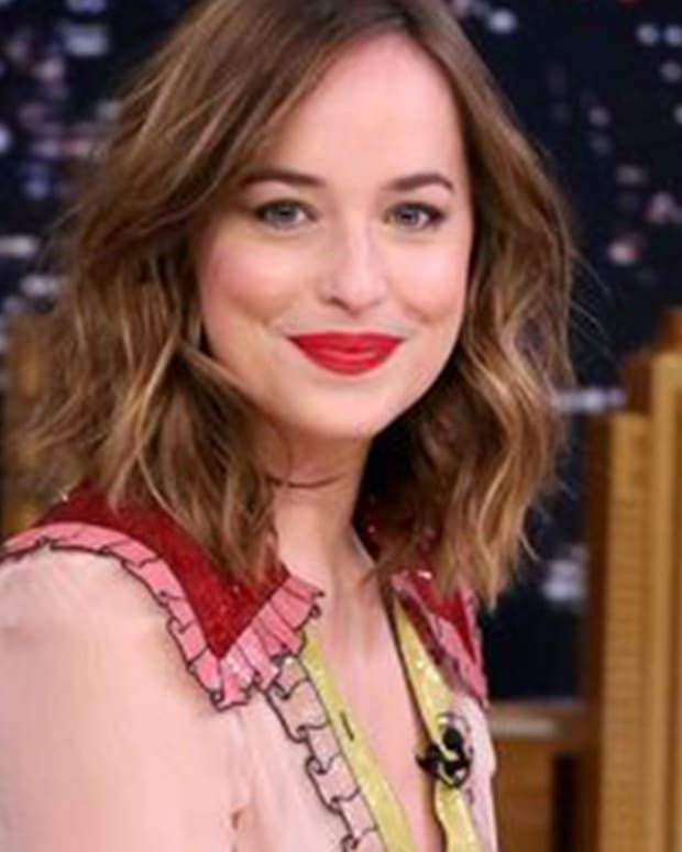 dakota johnson i love you fb
