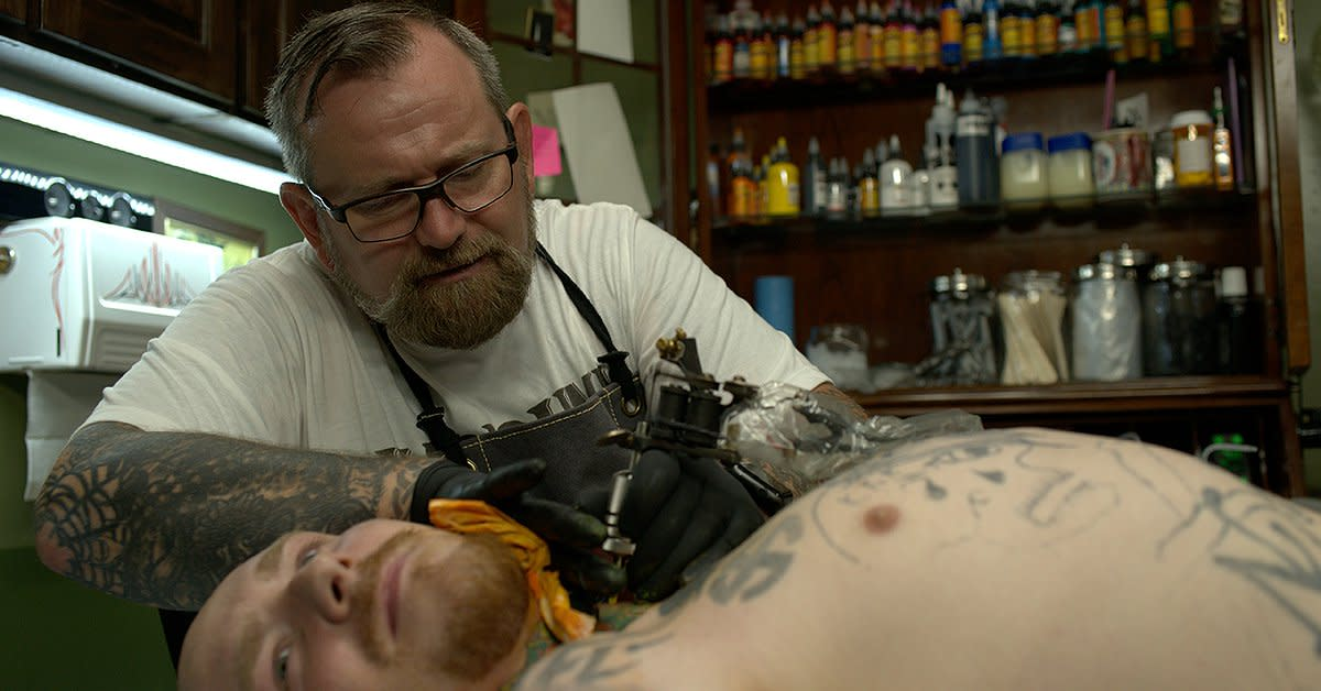 Dave.Tattooing1