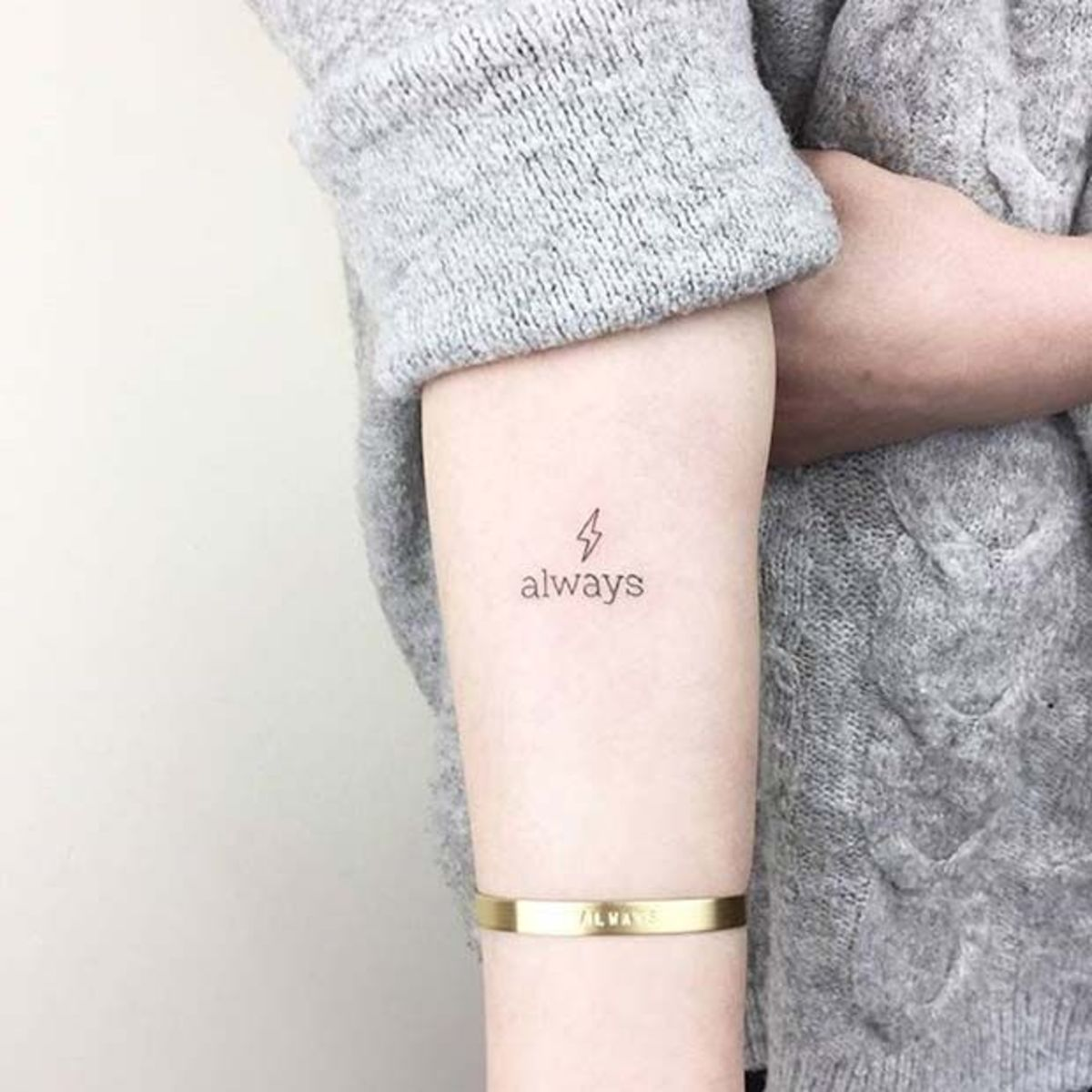 25 Gorgeous And Girly Harry Potter Tattoos Tattoo Ideas Artists