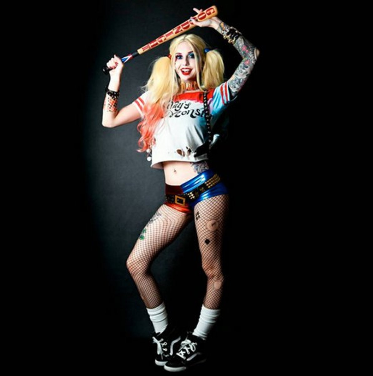 Nail Harley Quinns Tattoos With This Suicide Squad Tutorial By