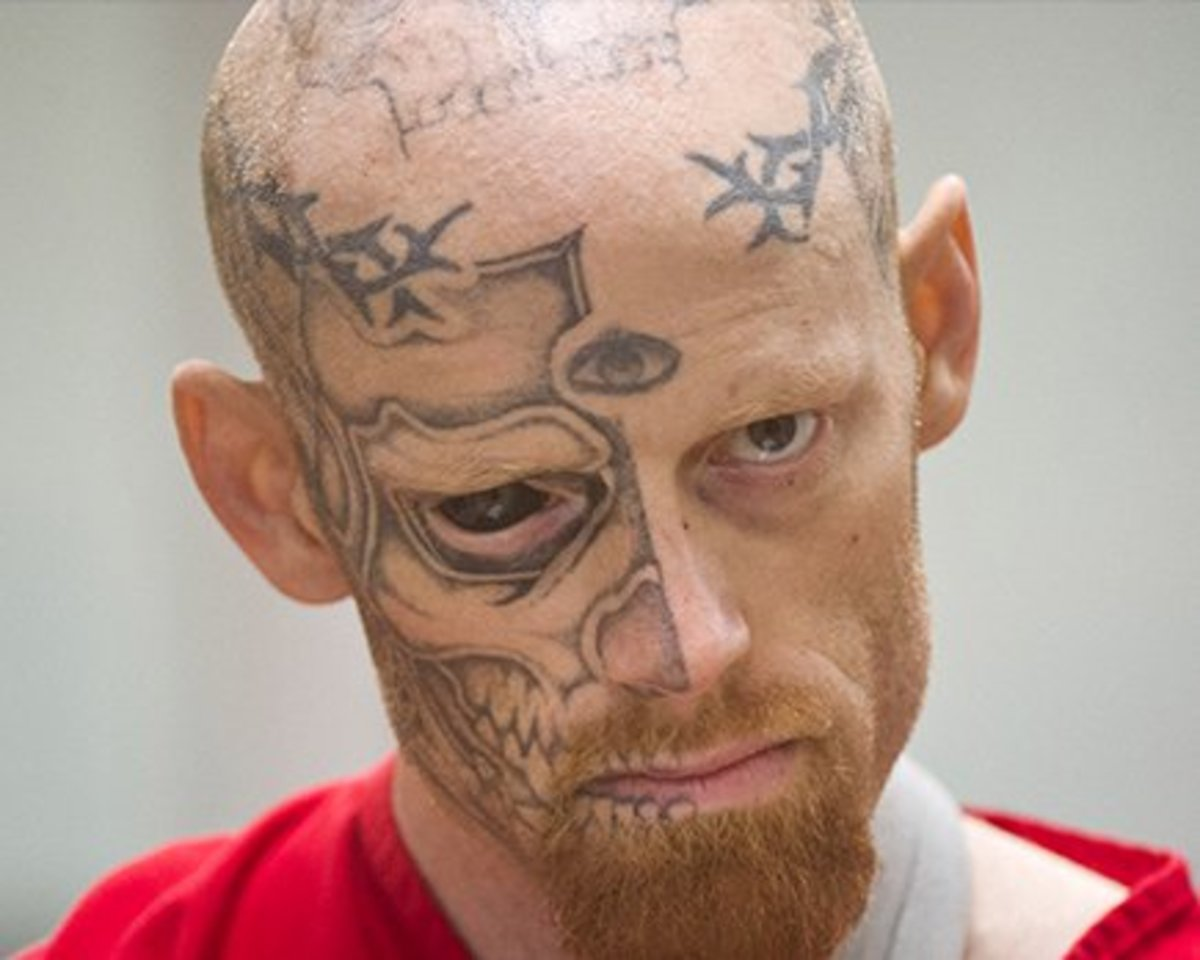People with face tattoos