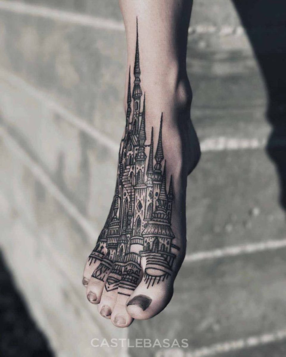 Castle-Tattoo-on-Foot-by-Castlebasas-728x910