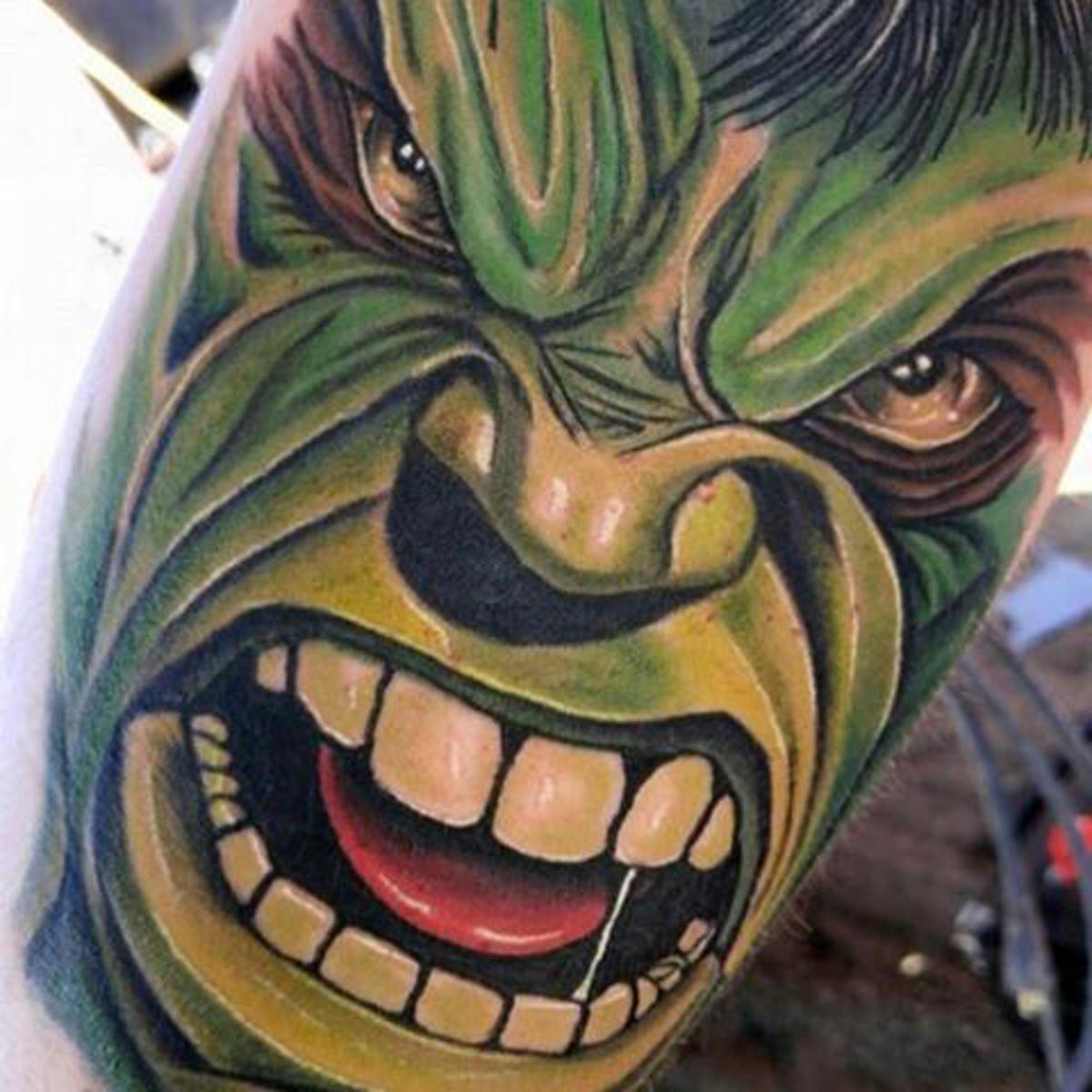 really-angry-hulk-tattoo-male-forearm