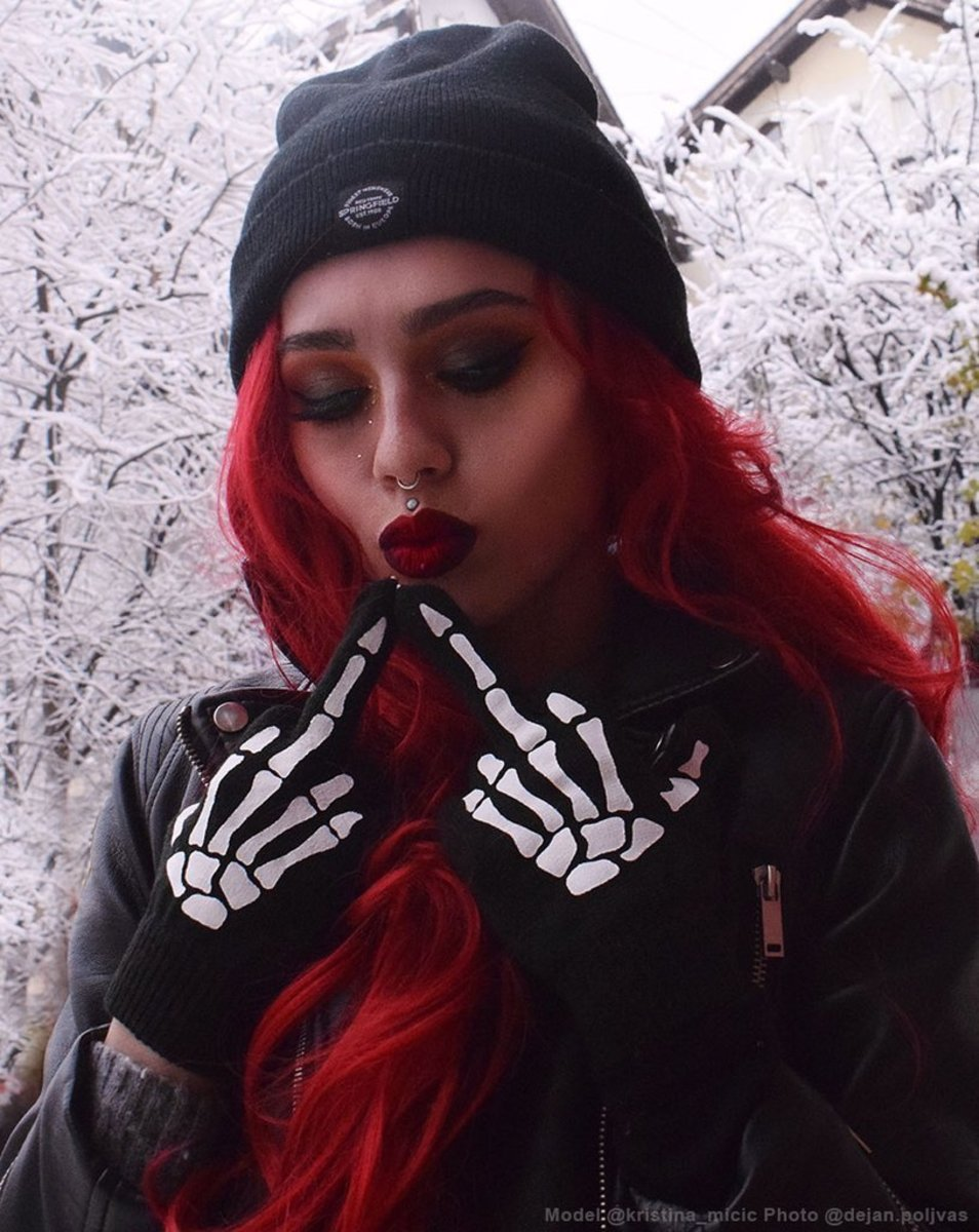 """""""UP YOURS"""" GLOVES BY RAT BABY"""