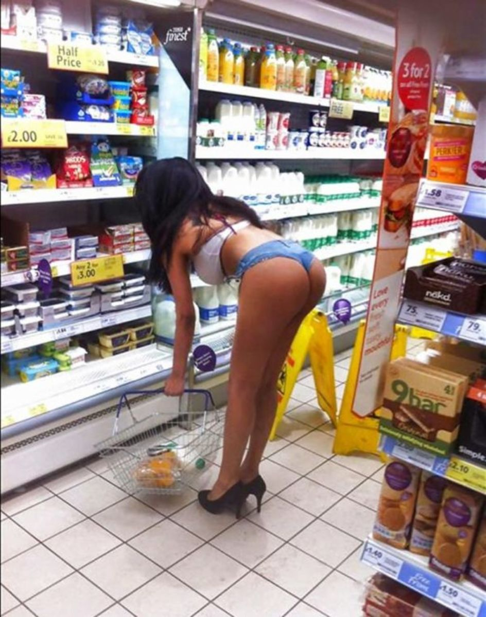 Now THIS is a proper shopping outfit!