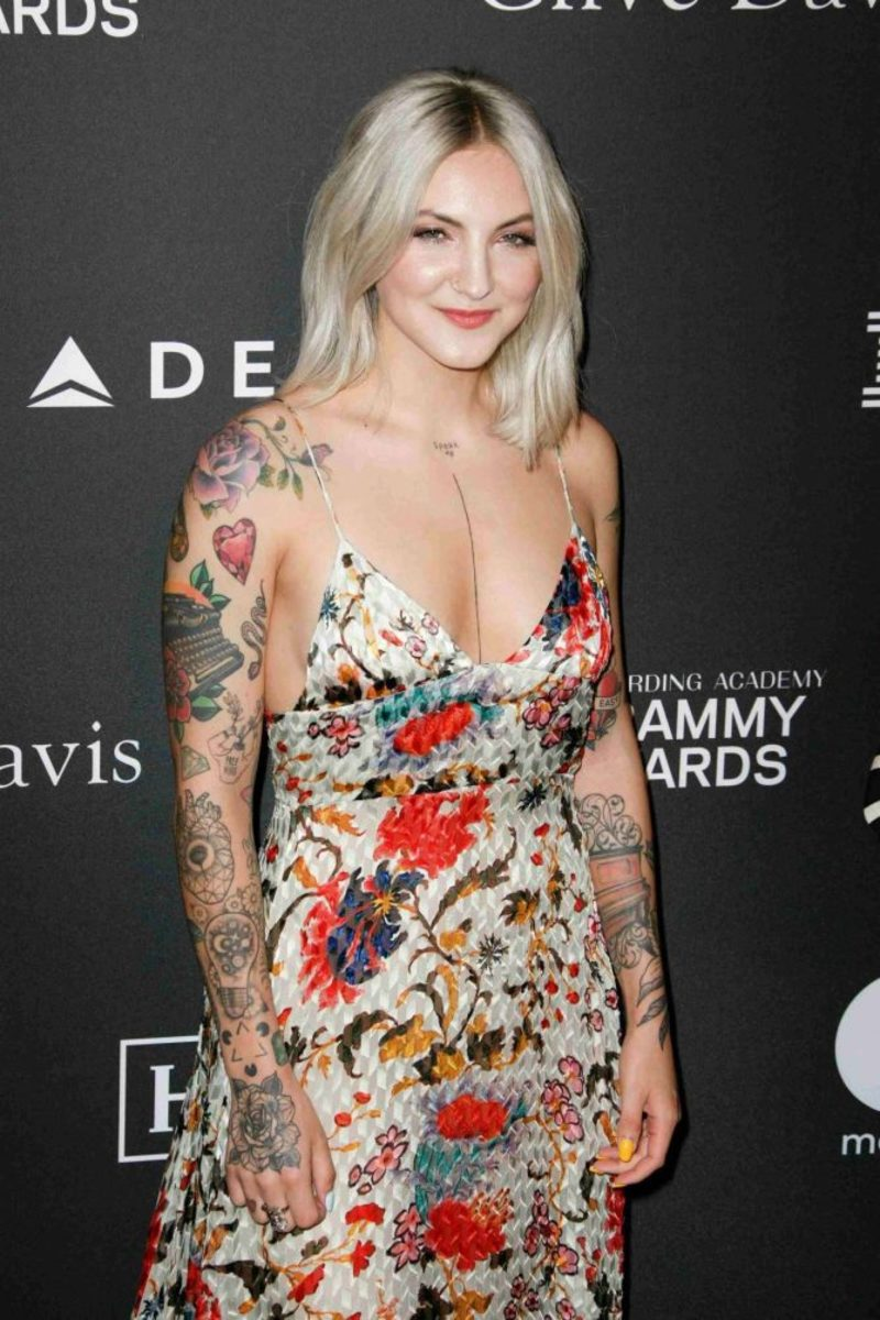 Julia-Michaels--2019-Recording-Academy-and-Clive-Davis-Pre-GRAMMY-Gala--02-670x1005