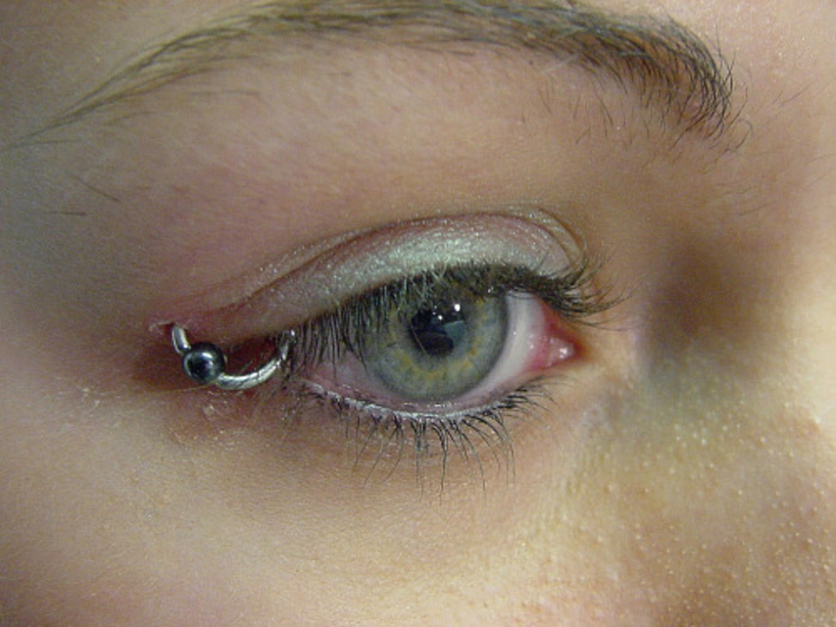 Nice-Eyelid-Piercing-With-Bead-Ring