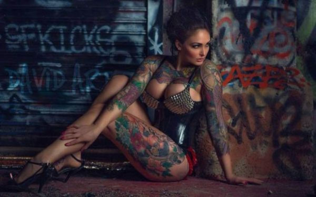 thick-tattooed-girls3