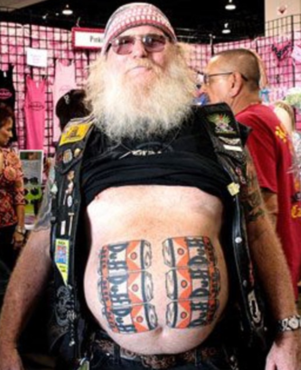 guy-with-beer-tattooed-on-gut