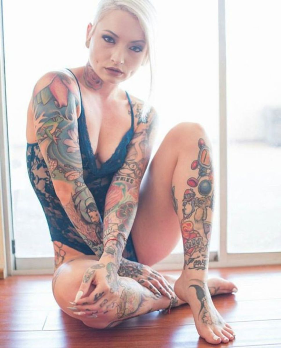 sexy-inked-girl-9
