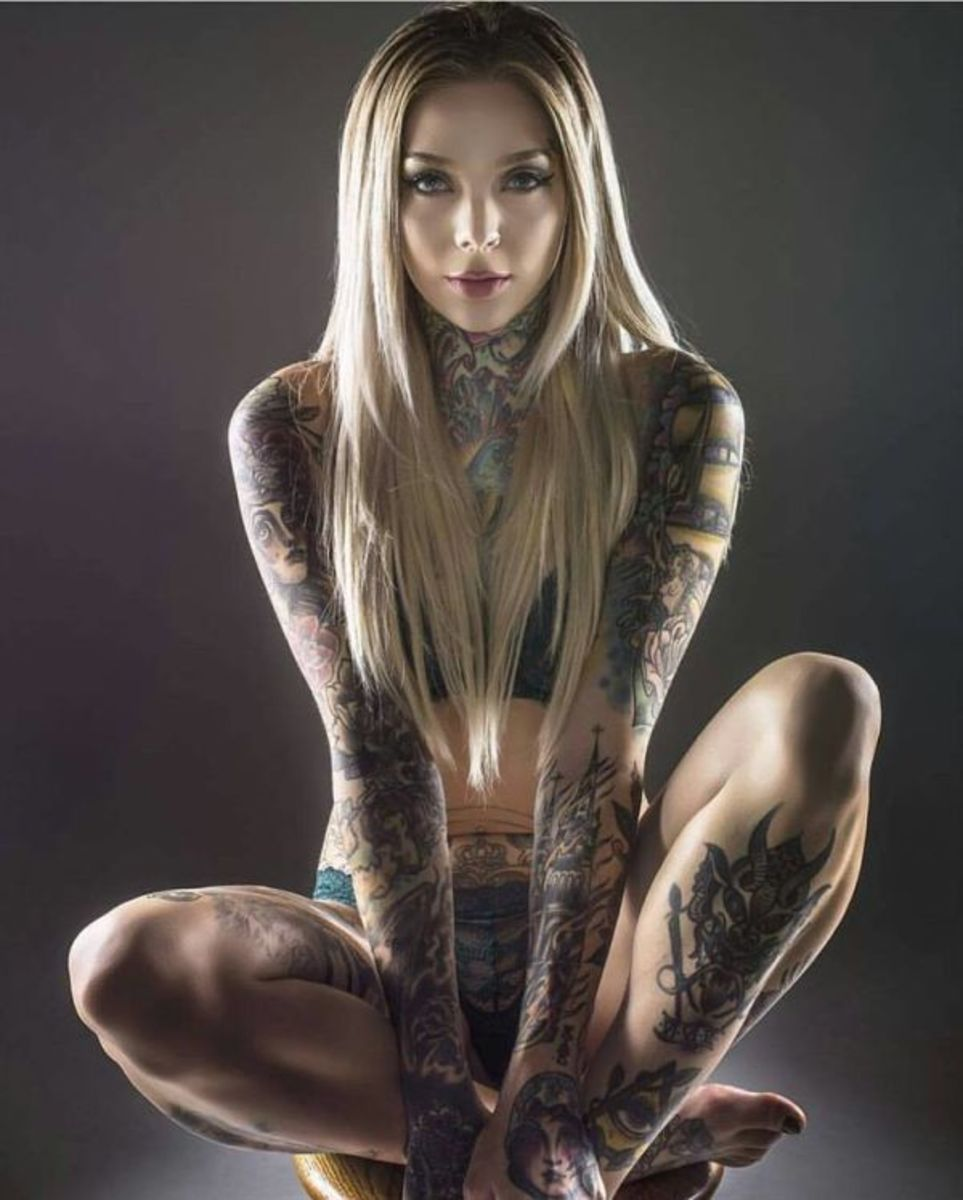 sexy-inked-girl-17