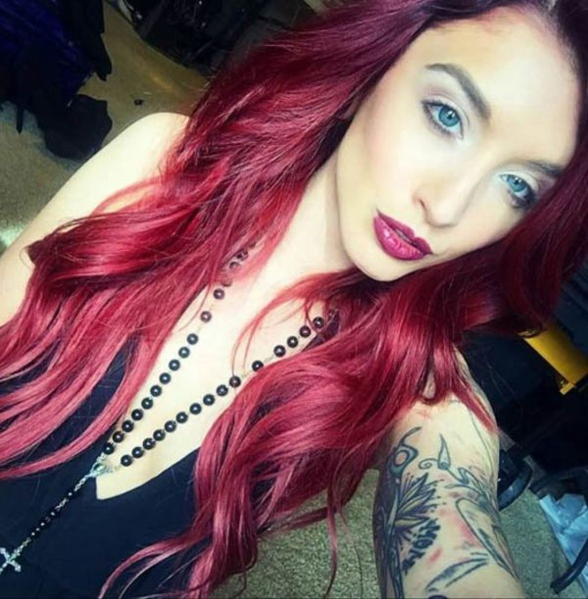 selfies-of-inked-girls-8