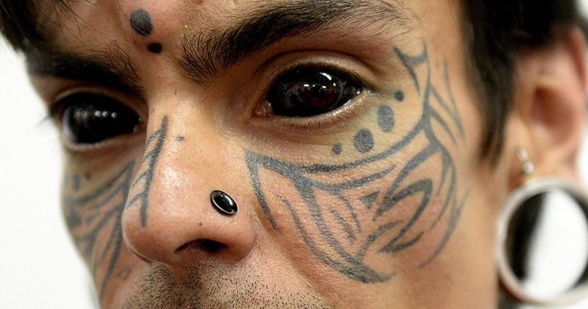 sclera tattoos, eyeball tattoos, eye tattoos, face tattoos, Washington bill proposes ban on eyeball tattoos, ban eye tattoos, eye tattoo risks, inked
