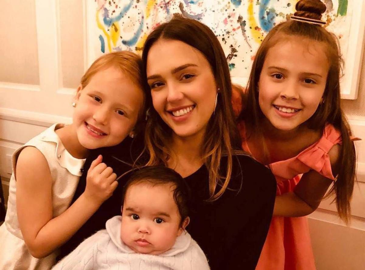rs_1024x759-180713180523-1024.jessica-alba-instagram.ct.071318