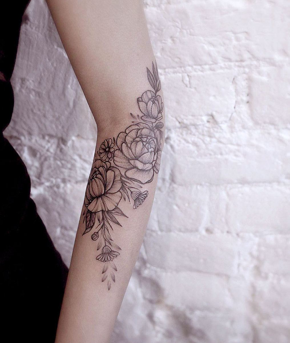 Your A-Z Guide to Flower Tattoo Meanings, Symbolisms, and Birth ...